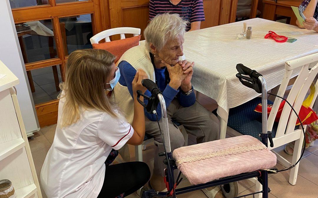 Szívvel-lélekkel az idősek mellett!